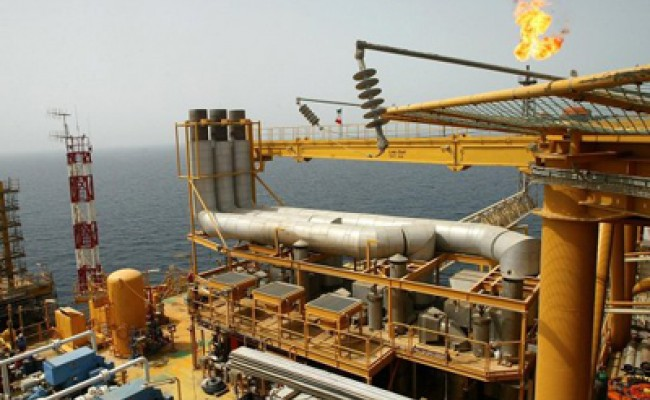 Иран продолжил экспорт нефти в ЕС по гуманитарным соображениям