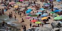 В Испании вновь ввели ограничения и закрыли пляжи из-за коронавируса