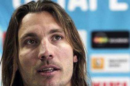 Испания: Алексис дисквалифицирован на четыре матча