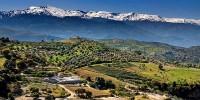 Испания: на горнолыжных курортах Сьерра-Невады выпал снег