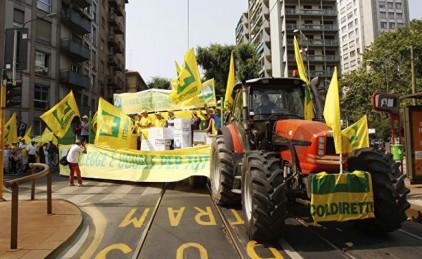 В Италии протестуют тысячи фермеров