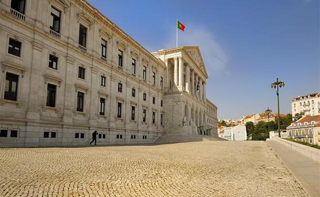 Португалия: поддержка безработных старше 45 лет