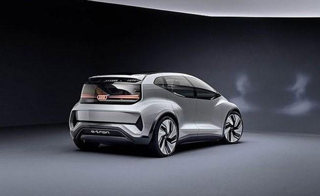 Audi показала электрокар для мегагорода