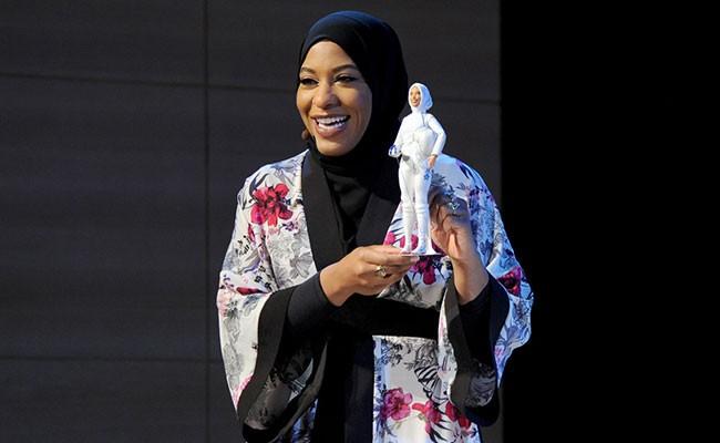 Кукла Барби впервые примерила хиджаб
