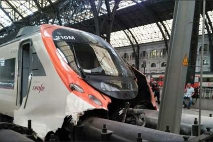 Испания: в Барселоне более 50 человек пострадали в ЖД-аварии