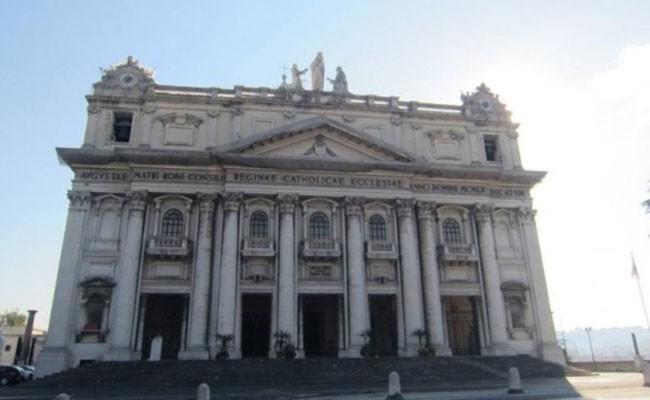 Италия: запущен проект реставрация базилики Каподимонте