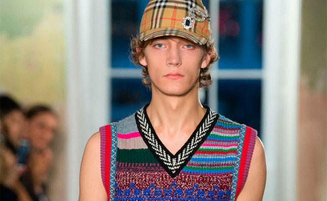 Burberry порадовала модной клеткой