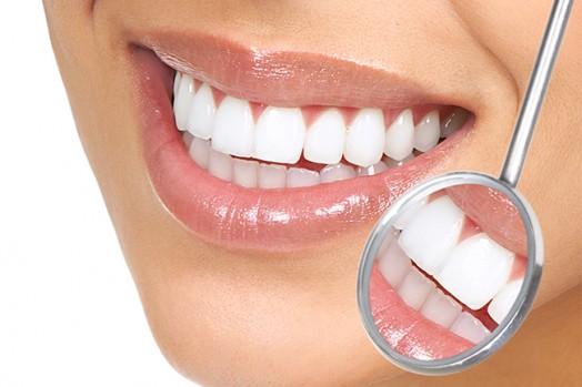 Врач-стоматолог. Новогодние скидки