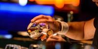 Испанские депутаты призывают бороться с алкотуризмом