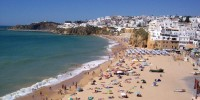 Половина португальцев не могут позволить себе отпуск