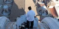 Итальянский бизнесмен cпустился с купола спустя 30 часов