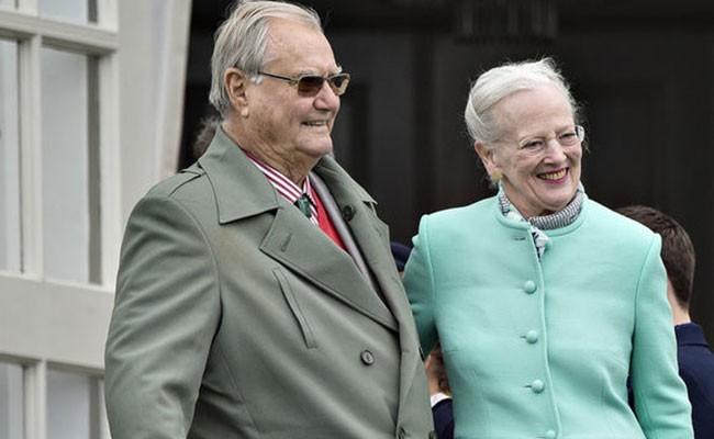 Умер супруг королевы Дании принц Хенрик