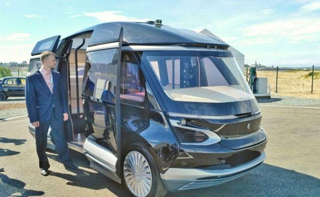 «КамАЗ» представил беспилотный электробус «Ш.А.Т.Л.»