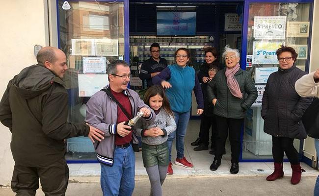 Испания: «Счастливый утенок» принес удачу