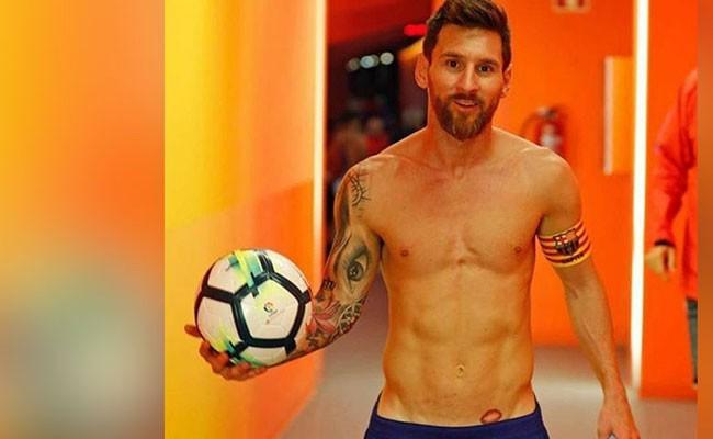 Испания: Месси сделал татуировку ниже пояса