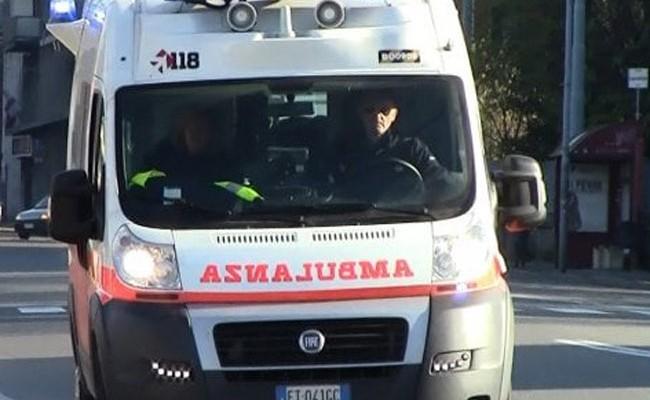 Италия: в школе под Неаполем рухнула стена