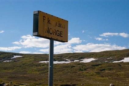 Забор на границе Норвегии и России
