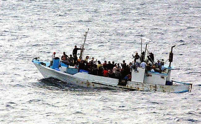 У побережья Италии спасли 264 беженца