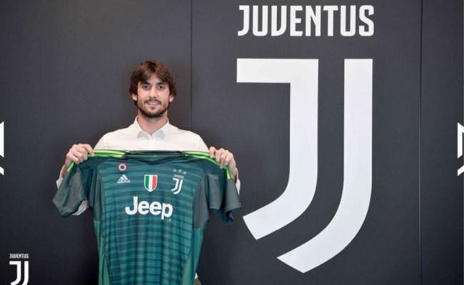 Италия: Перин был представлен в качестве новичка «Ювентуса»