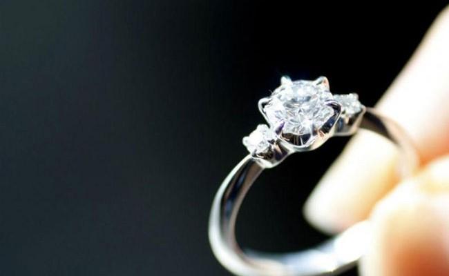 Турист украл кольцо, проглотил его и оказался в больнице