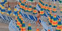 Работники пляжей Италии прекратили работу на неделю