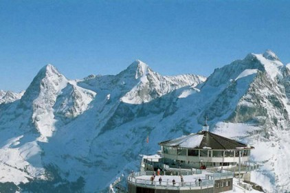 Швейцария предлагает бесплатно подняться на гору Джеймса Бонда