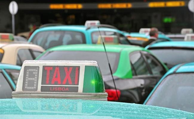 Португалия: нехватка топлива парализует такси Лиссабона