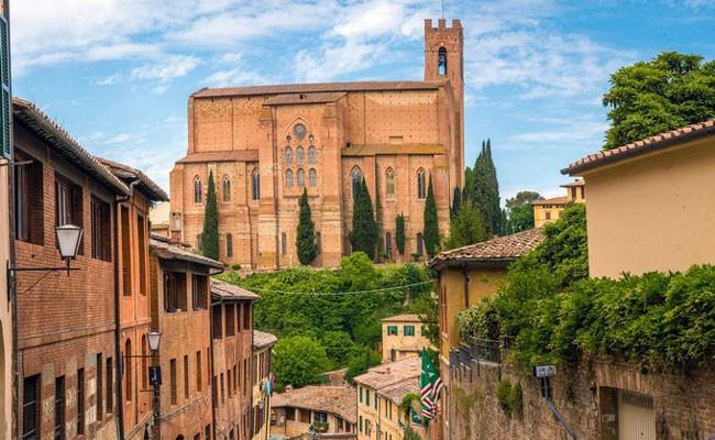 Тоскана - самый популярный регион Италии для аренды роскошного жилья