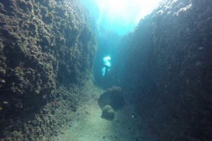 Обнаружен древнегреческий порт на морском дне в Италии