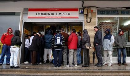 В Испании за месяц стало на 80 тысяч безработных больше