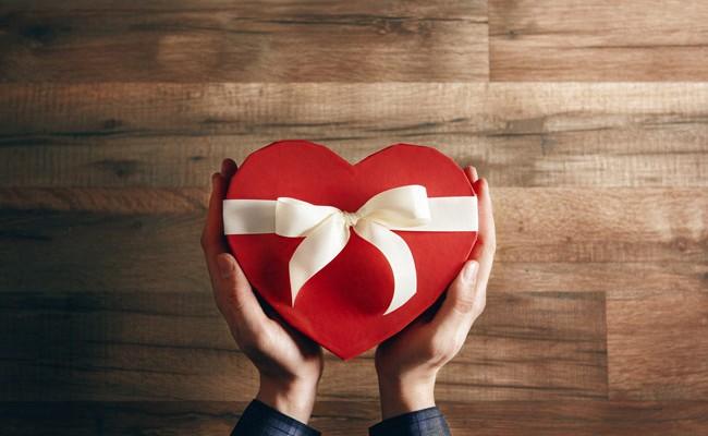 Сколько испанцы потратят на рестораны в День всех влюбленных?