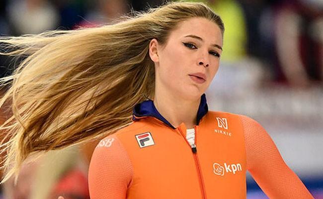Спортсменку из Нидерландов назвали самой красивой конькобежкой мира