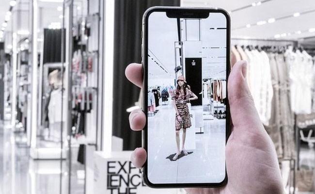 Испания: Zara запускает инновационное мобильное приложение