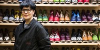 Испанка превратила крестьянские ботинки в модную обувь